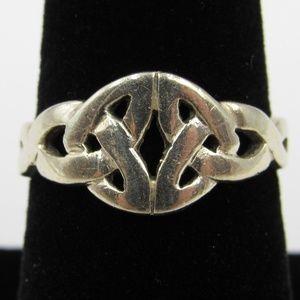 Vintage Size 6.75 Sterling Celtic Style Band Ring